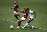 Mantan penjaga gawang Brazil Rogerio Ceni jadi pelatih Flamengo