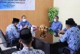 Kakanwil Kemenkumham Sulsel menghendaki Rudenim Makassar jadi contoh penanganan COVID-19
