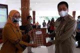 Pemkot Magelang cairkan bantuan pemulihan usaha 10 koperasi dan 35 pengrajin