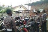 Tahunan tak dijemput pemilik, puluhan sepeda motor barang bukti sitaan menumpuk di Polres Payakumbuh