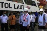 Kunjungi Kupang, Menhub tinjau pengiriman sapi dengan kapal tol laut