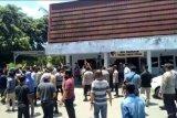 Pendiri Ponpes Darul Muhajirin dicemarkan nama baiknya di medsos, santri ngadu ke Polres Lombok Tengah