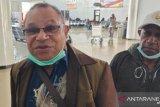 Puluhan anggota MRP tidak bisa keluar dari Bandara Wamena