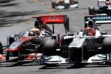 Lewis Hamilton samai rekor tujuh titel Schumacher, berikut perbandingannya