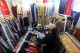 Disperindag DIY salurkan APD untuk pasar tradisional
