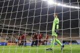 Bierhoff : Joachim Loew tetap jadi pelatih Jerman kendati dibabat Spanyol 6-0