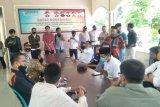 Aktivis demo Bawaslu Lombok Tengah
