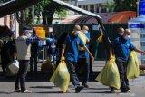 Sembuh dari COVID-19 Indonesia  bertambah 4.198, positif baru 4.442 orang, dan 118 meninggal