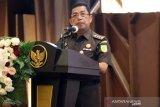 Kejaksaan tangkap  kades buronan korupsi hampir Rp1 miliar