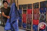 Penjualan Batik Bomba Palu anjlok akibat pandemi