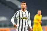 Direktur Juventus tegaskan Cristiano Ronaldo tak akan kemana-mana