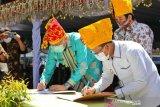 Gubernur Aceh  resmikan Masjid Jami Nurul Hasanah di Kota Palu