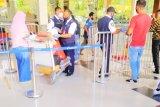 Pemeriksaan kelengkapan COVID-19 bandara Sentani