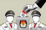 KPU Palu  libatkan mahasiswa bantu lipat surat suara