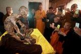 Benarkah ada mumi biksu 200 tahun masih hidup?
