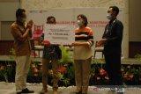 Pertamina salurkan bantuan kemitraan Pinky Movement Rp1,7 M di SulutGo