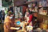 Pemkab Bantul gencarkan gerakan belanja produk UMKM di pasar tradisional