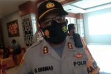 Polres Jayapura Kota ingatkan warga tak berkerumun cegah COVID-19