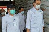 Stok beras Bulog Riau -Kepri cukup hingga awal tahun 2021