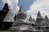 Antisipasi erupsi Merapi, lorong dan stupa Borobudur ditutup terpal