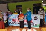 KNPI Kalbar bagikan paket sembako bantuan Kemensos di Pontianak dan Kubu Raya