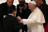 Paus Fransiskus turut doakan kepergian Diego Maradona