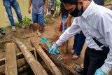 Empat korban yang meninggal di sumur tua di Loteng dimakamkan
