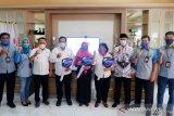 Bank Kalsel Batulicin serahkan kendaraan motor ke pemenang tabungan Simpeda KPE
