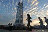 Wali Kota Bukittinggi perkenalkan kartu pahlawan wisata
