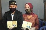 Seorang pemuda di Ponorogo menikahi nenek usia 76 tahun