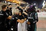 Lewis Hamilton raih pole position ke-98 sepanjang kariernya di Bahrain