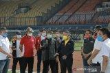Menpora tinjau kelengkapan stadion Si Jalak Harupat untuk Piala Dunia U-20
