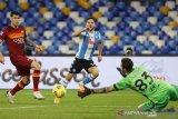 Kenang Maradona, Napoli menang besar atas AS Roma