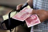 Yuan balik menguat 164 basis poin