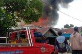 Sembilan rumah warga Desa Bantuil hangus terbakar