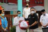Menangguk untung dari bansos pandemi COVID-19