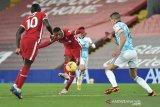 Liverpool tajamkan rekor kandang,  gasak Wolverhampton 4-0