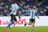 Napoli bantai Fiorentina dengan skor 6-0
