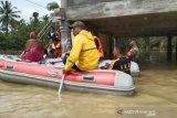 Waspada musim hujan, 10.000 warga Aceh Timur mengungsi akibat banjir
