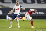 Kane dikarantina di kompleks pelatihan  Tottenham Hotspur