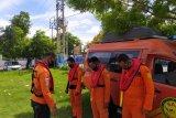 Kapal berpenumpang 25 orang mati mesin di perairan Sumbawa