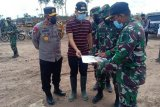 Pangdam XII/Tanjungpura dan Kapolda Kalteng kunjungi lokasi pengembangan singkong di Gumas