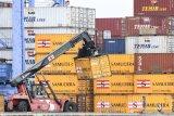 Neraca perdagangan RI alami surplus 2 miliar dolar pada Februari 2021