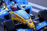Alonso akan bernostalgia dengan mobil juara Renault R25 di Abu Dhabi