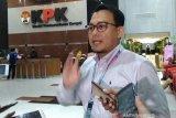 KPK amankan berbagai dokumen, geledah dua lokasi kasus proyek Dinas PUPR Banjar