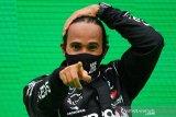 Lewis Hamilton punya waktu hingga tes pramusim untuk teken kontrak Mercedes