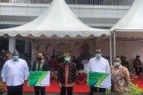 Menteri KUKM Serahkan Kartu Kepesertaan BPJamsostek Pelaku UMKM di Sultra
