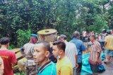 Ibu dan anak di Padang Pariaman tewas akibat ditabrak truk yang bawa alat berat