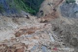 Sempat tertimbun material longsor, jalan Malalak Agam sudah bisa dilalui kendaraan