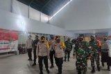 Kapolda Sulut dan Danrem 131/Santiago Pantau Pengamanan Rapat Pleno di KPU Boltim